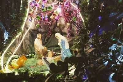 nativity scene christmas decor